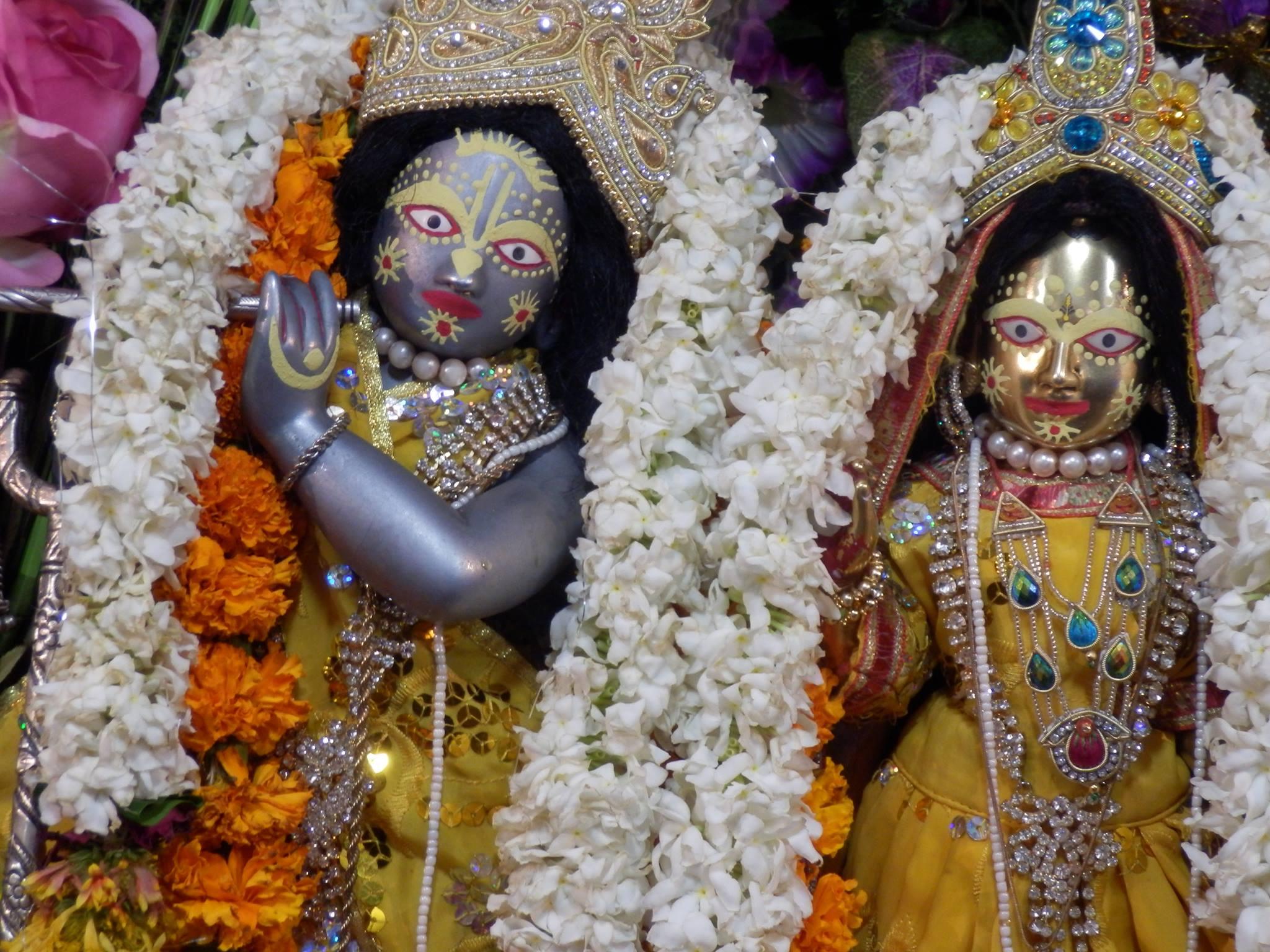 Dwa rodzaje praktyki bhakti: Vaidhi bhakti i raganuga bhakti